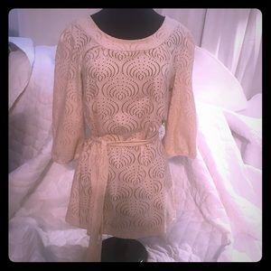 Women's lace tunic length top